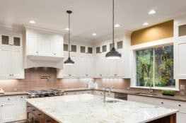 beautiful-kitchen-soffit-ideas