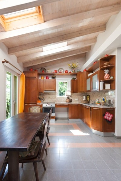 country-house-kitchen