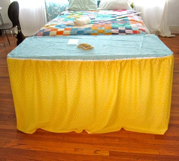 fabric-table-skirt