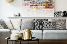 how to choose a sofa for living room