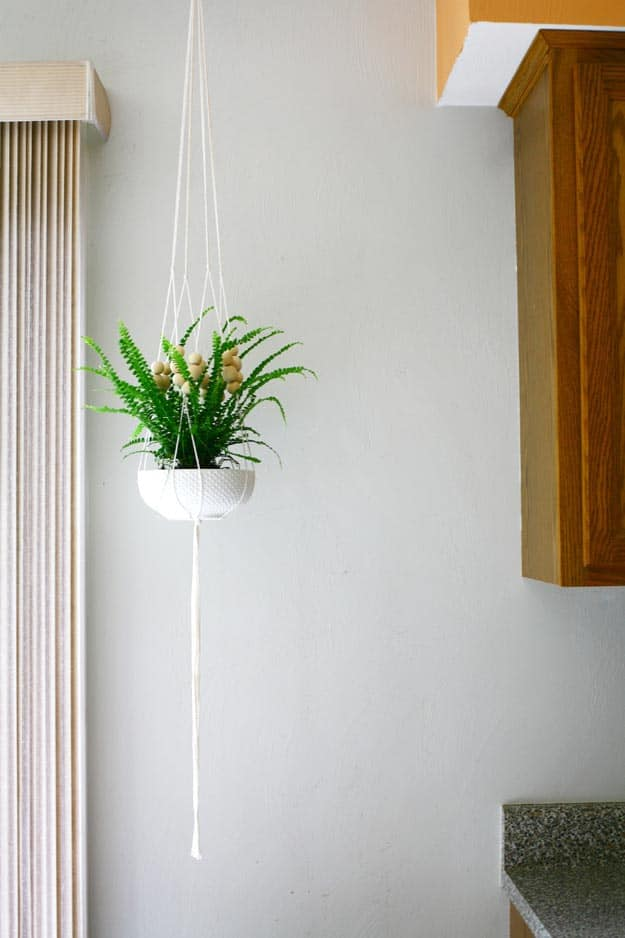 macrame-planter-diy-project