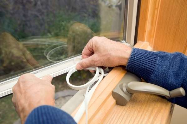 sealing-windows-energy-efficiency